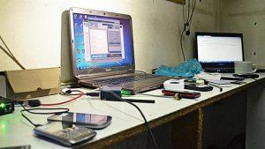 Corrientes al 2200: había una sala con PC para modificar los celulares robados