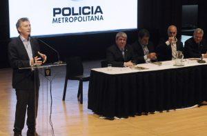 Télam 28/10/2015 Buenos Aires - El jefe de Gobierno porteño, Mauricio Macri, encabezó hoy el acto de celebración por el 7º aniversario de la creación de la Policía Metropolitana que se llevó a cabo en la Usina del Arte. Foto: Victoria Egurza/ef
