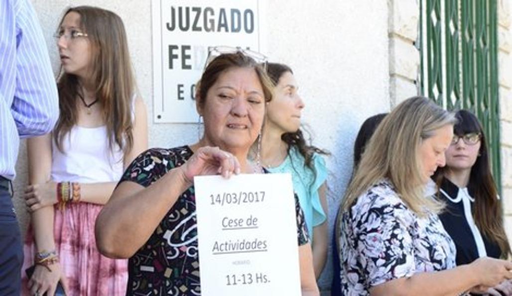 Reclaman mejoras edilicias en el juzgado federal de for Juzgado federal rosario